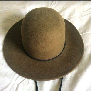 Wool hat by Brixton